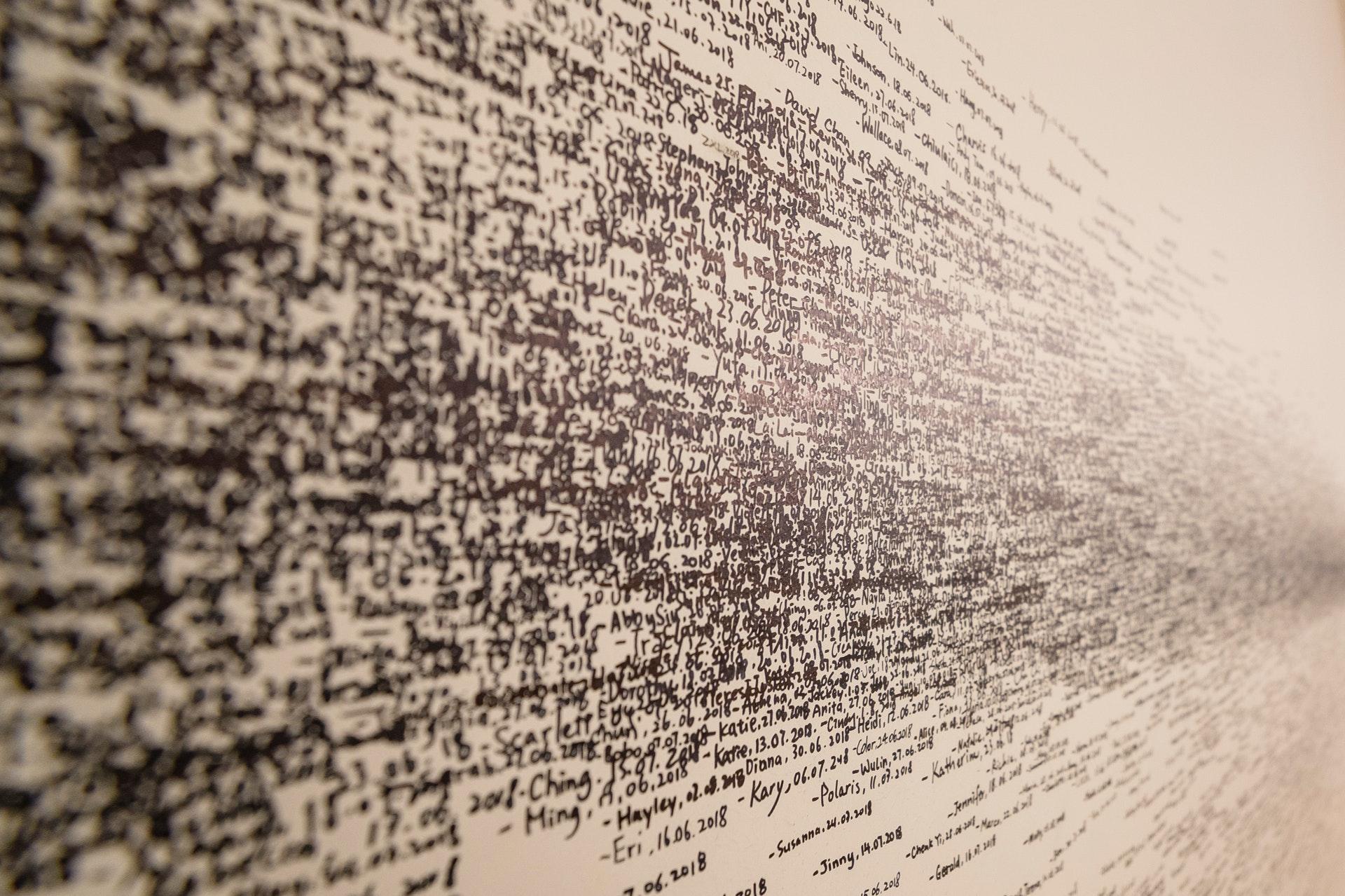 Parole su un muro